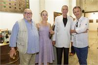 אבי אייזנשטיין רוני פורר שרית שפירא ואוסוולדו רומברג בפתיחה של התערוכה